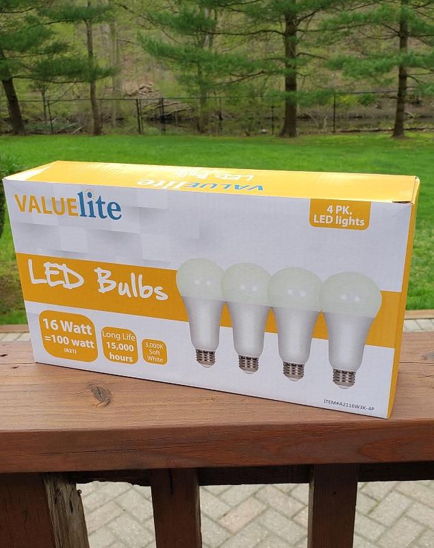Daylight Led Bulbs: LED Light Bulbs 100 Watt Equivalent E26 A19 1550lm 16W